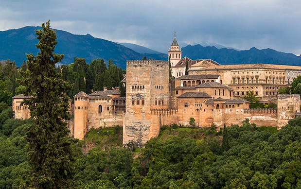 Ла Альгамбра в Гранаде
