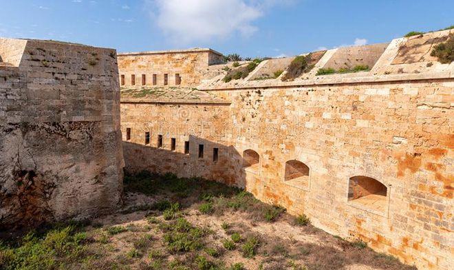 Крепость Ла Мола